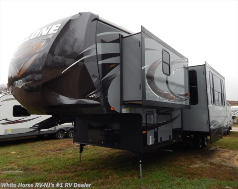 2015 Heartland RV Cyclone  CY3110 Triple Slideout w/10' Garage