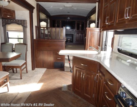 P10119 2014 keystone montana mountaineer 375 flf five - Front living room fifth wheel used ...
