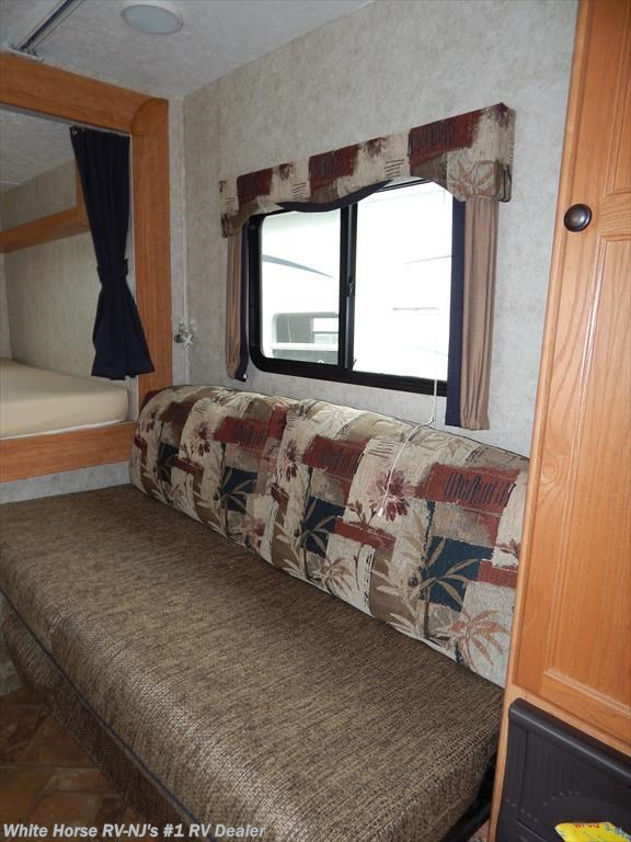 2008 keystone rv passport 240qs front bunk bedroom rear - Used queen bedroom sets for sale ...