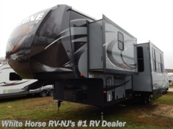 2015 Heartland RV Cyclone CY3110 Triple Slideout w/10