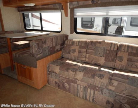 MH 2007 Forest River Sunseeker 3100SS LTD Sofa Bed & Dinette Slide Rear Queen Bed for
