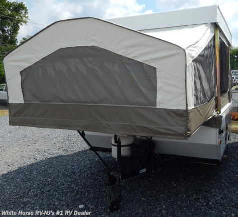 2012 Forest River Rockwood Freedom  1640LTD Two Pull Out Beds