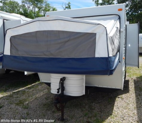 2003 K-Z Coyote  23C Two Drop Down Beds w/ Sofa Slide Out