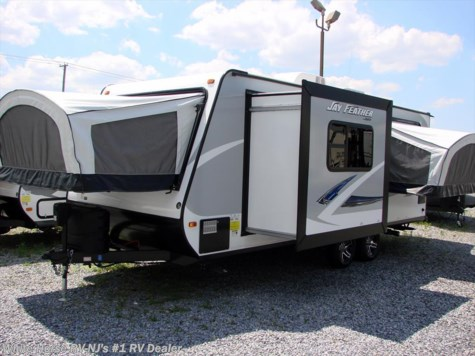 2017 Jayco Jay Feather  23F Triple Drop Down Beds w/Dinette Slideout