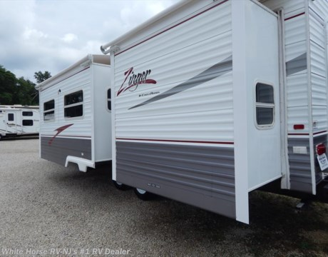 Tt10788 2007 crossroads zinger 32sb two bedroom double slideout for sale in williamstown nj for Two bedroom travel trailers for sale