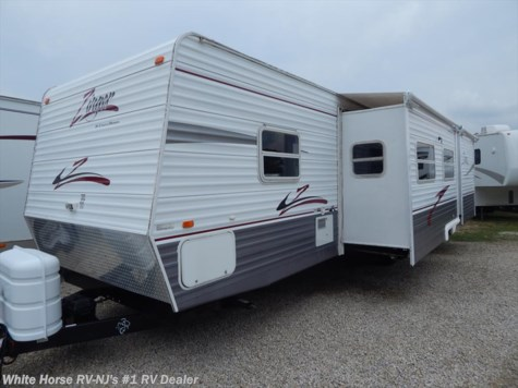 2007 CrossRoads Zinger  32SB Two Bedroom Double Slideout