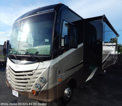 2017 Fleetwood Storm  32A Double Slide Rear King Bed