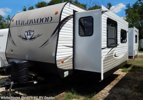 2013 Forest River Wildwood  30FKBS Front Kitchen Double Slide King Bed