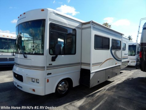 2004 Winnebago Sightseer  30B Rear Queen Sofa/Dinette Slideout