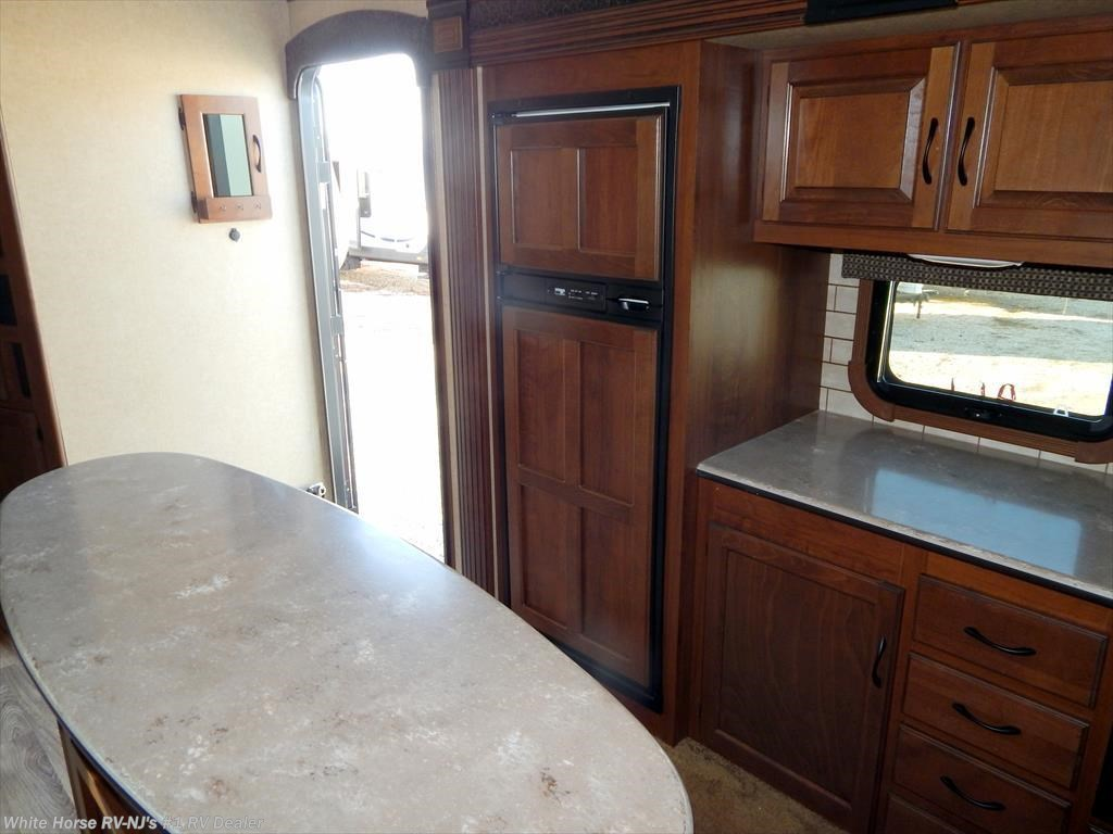 2015 jayco rv eagle 324bhts two bedroom triple slide out for Kitchen cabinets 08094