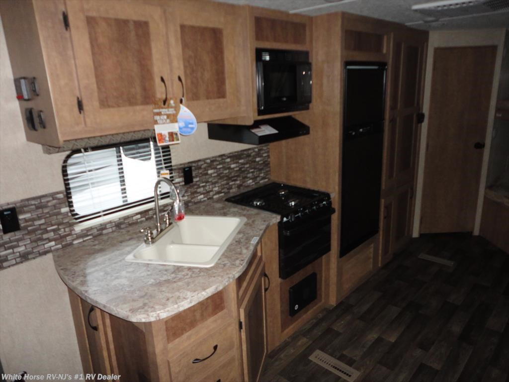 Rv Dealers Denver >> 2017 Starcraft RV AR-ONE MAXX 27BHS Two Bedroom U-Dinette/Sofa Slideout for Sale in Williamstown ...