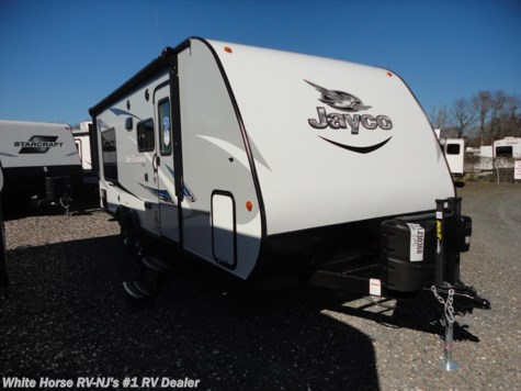 2017 Jayco Jay Feather  213 Front Bunks w/King Bed Rear Slideout
