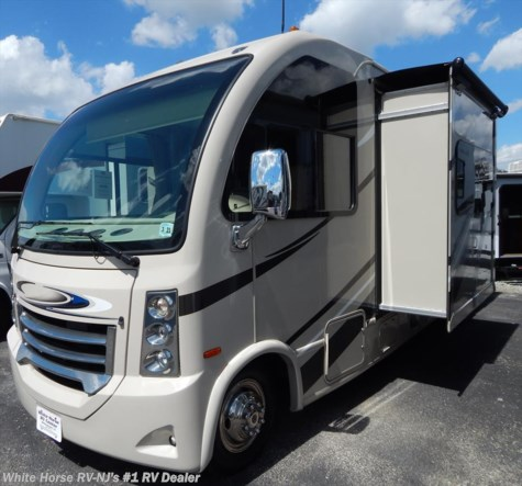 2016 Thor Motor Coach Vegas  24.1 Twin Beds, Sofa Slide-out