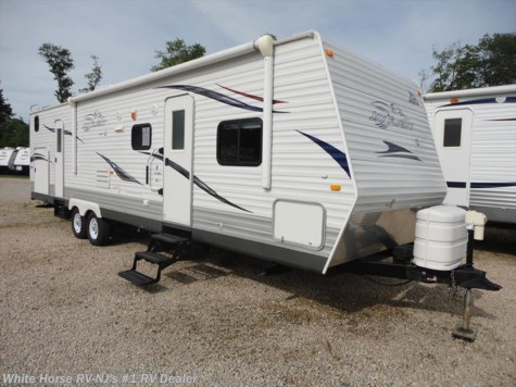 2010 Jayco Jay Flight G2  32 BHDS Two Bedroom, Double Slide-out