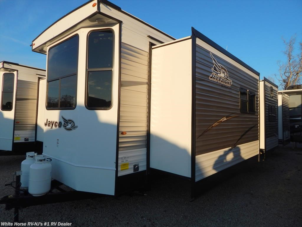 J11703 - 2018 Jayco Bungalow 40BHTS Front Kitchen Two-Bedroom ...