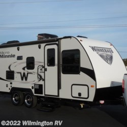 New 2018 Winnebago Micro Minnie 2100BH For Sale by Wilmington RV available in Wilmington, North Carolina