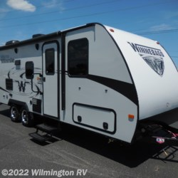New 2019 Winnebago Micro Minnie 2306BHS For Sale by Wilmington RV available in Wilmington, North Carolina