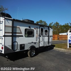 Wilmington RV 2019 Rockwood Geo Pro 19 FD / Off Road Package  Travel Trailer by Forest River | Wilmington, North Carolina