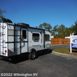 Wilmington RV 2019 Rockwood Geo Pro 19 QB  Travel Trailer by Forest River | Wilmington, North Carolina