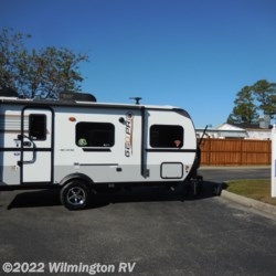 2019 Forest River Rockwood Geo Pro 19 QB  - Travel Trailer New  in Wilmington NC For Sale by Wilmington RV call 877-843-1338 today for more info.