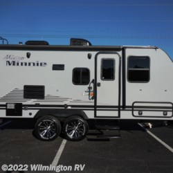 2019 Winnebago Micro Minnie 2106DS/Off Road Package  - Travel Trailer New  in Wilmington NC For Sale by Wilmington RV call 877-843-1338 today for more info.