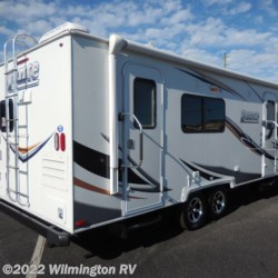 Wilmington RV 2015 TT 2285  Travel Trailer by Lance | Wilmington, North Carolina