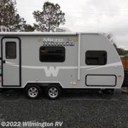 2015 Winnebago Micro Minnie 1706FB  - Travel Trailer Used  in Wilmington NC For Sale by Wilmington RV call 877-843-1338 today for more info.