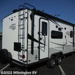 Wilmington RV 2020 Rockwood Mini Lite 2109S  Travel Trailer by Forest River | Wilmington, North Carolina
