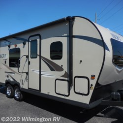 Used 2019 Forest River Flagstaff Micro Lite 23FBKS For Sale by Wilmington RV available in Wilmington, North Carolina