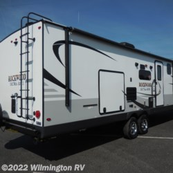 Wilmington RV 2020 Rockwood Ultra Lite 2912 BS  Travel Trailer by Forest River | Wilmington, North Carolina