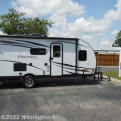 2018 Palomino PaloMini 177 BH  - Travel Trailer Used  in Wilmington NC For Sale by Wilmington RV call 877-843-1338 today for more info.