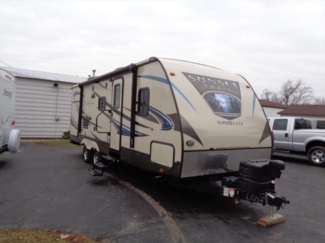 Used 2015 CrossRoads Sunset Trail Super Lite ST250RB For Sale by Winnebago Motor Homes available in Rockford, Illinois