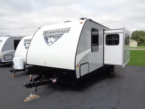 New 2017 Winnebago Minnie 2455BHS For Sale by Winnebago Motor Homes available in Rockford, Illinois