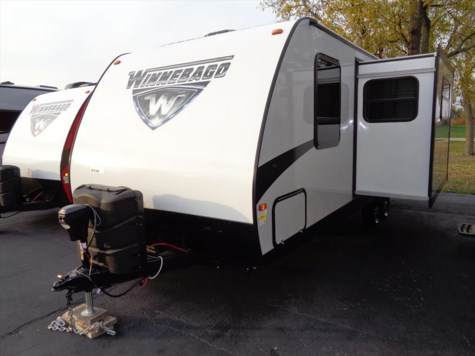 New 2017 Winnebago Minnie 2201DS For Sale by Winnebago Motor Homes available in Rockford, Illinois