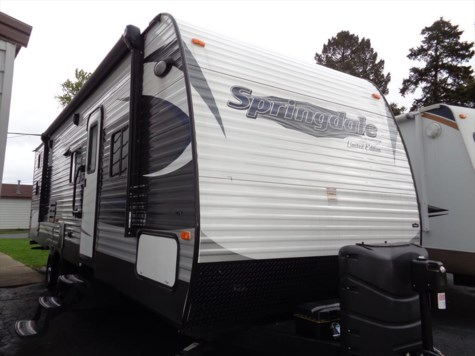 Used 2016 Keystone Springdale 270LE For Sale by Winnebago Motor Homes available in Rockford, Illinois