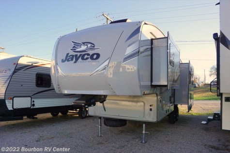 New 2018 Jayco Eagle HT 27.5RLTS For Sale by Bourbon RV Center available in Bourbon, Missouri
