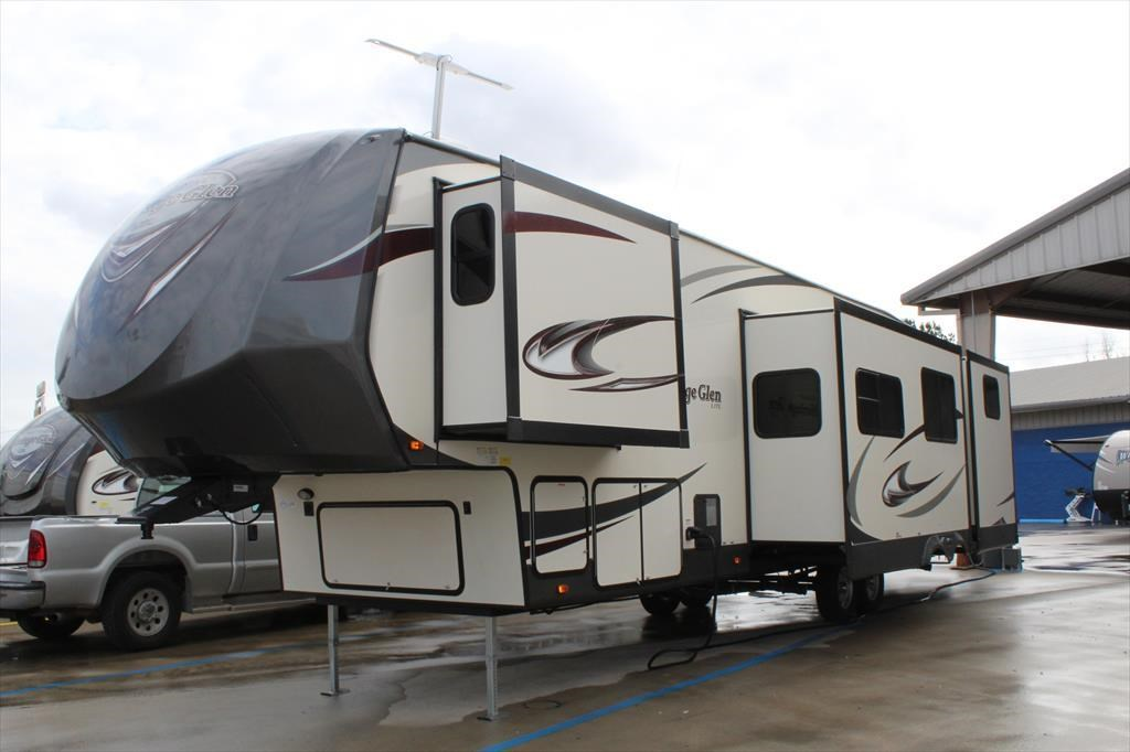 TX For Sale Camperland Trailer Sales 2017 Wildwood Heritage Glen 356QB  Fifth Wheel by Forest River. Forest River Motorhome Dealer Conroe Tx   designaglowpapershop com