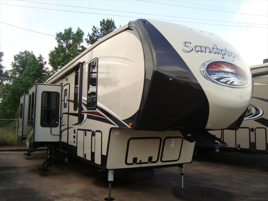 New 2017 Forest River Sandpiper 389RD For Sale by Camperland Trailer Sales  available in Conroe 2017. Forest River Motorhome Dealer Conroe Tx   makitaserviciopanama com