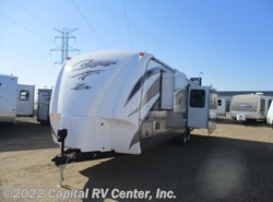 Used 2015  Keystone Cougar XLite 32SAB by Keystone from Capital RV Center, Inc. in Bismarck, ND