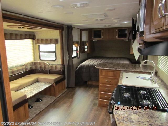 http://www.ccrv.net/2016-prime-time-tracer-235air-new-travel-trailer-tx-i1616026