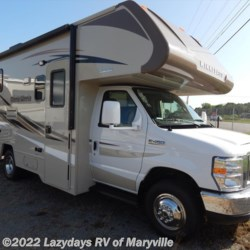 New 2017 Winnebago Minnie 322R For Sale by Chilhowee RV Center available in Louisville, Tennessee