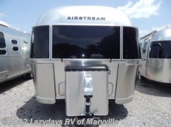New 2017  Airstream Flying Cloud 25BT by Airstream from Chilhowee RV Center in Louisville, TN