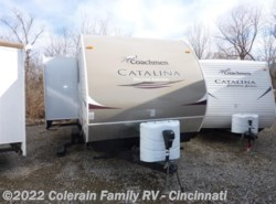 Used 2013  Coachmen Catalina Deluxe 31RLS by Coachmen from Colerain RV of Cinncinati in Cincinnati, OH