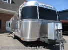 2016 Airstream Flying Cloud 25FB Queen