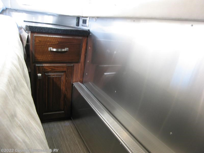 Creative 2017 Airstream RV Classic 30J Queen For Sale In Lakewood NJ 08701 | 10885 | RVUSA.com Classifieds