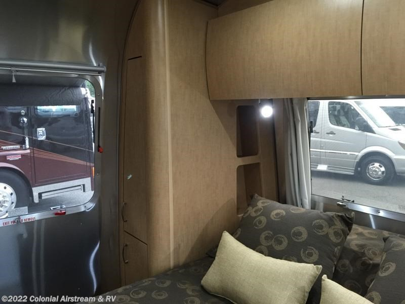 Simple 2017 Airstream RV Flying Cloud 30FB Bunk For Sale In Lakewood NJ 08701 | 10902 | RVUSA.com ...