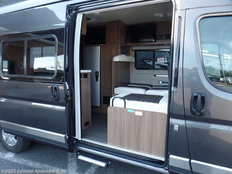 2017 winnebago rv travato 59g for sale in lakewood nj. Black Bedroom Furniture Sets. Home Design Ideas