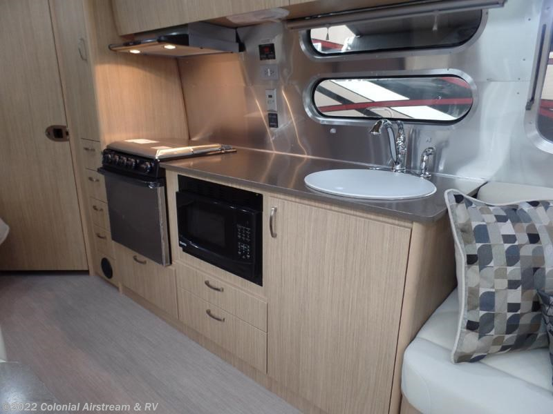 Lastest 2017 Airstream RV Flying Cloud 30FB Bunk For Sale In Lakewood NJ 08701 | 11027 | RVUSA.com ...