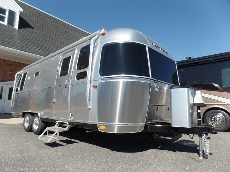Excellent 2017 Airstream RV Flying Cloud 26B Queen 26U For Sale In Lakewood NJ 08701 | 11058 | RVUSA.com ...
