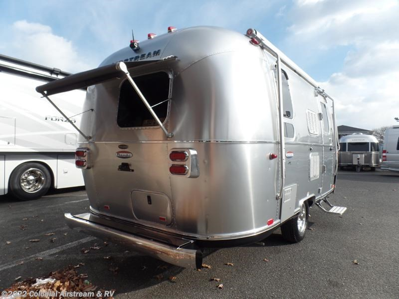 Awesome 2017 Airstream RV International Signature 19C Bambi For Sale In Lakewood NJ 08701 | 11116 ...